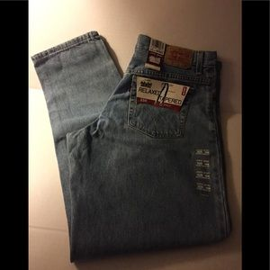 NWT Women's 550 Levi's Relaxed Tapered Jeans 16M